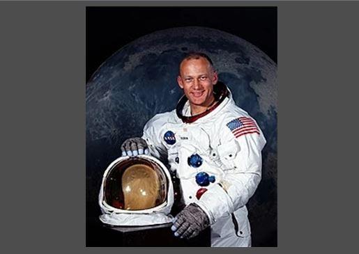 Σαν σήμερα … 1930, γεννήθηκε ο αστροναύτης Edwin (Buzz) Aldrin, Jr.